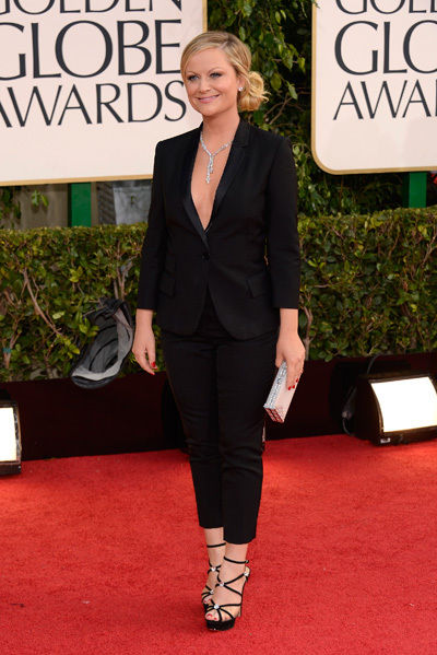 amy_poehler_golden_globes_2013_black_braless_suit_18f6jls-18f6jlu