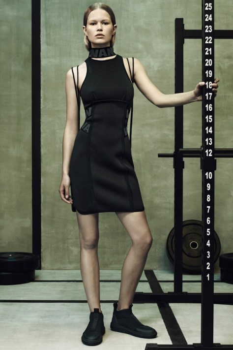 Wang-HM-lookbook-7-Vogue-15Oct14-pr_b_592x888