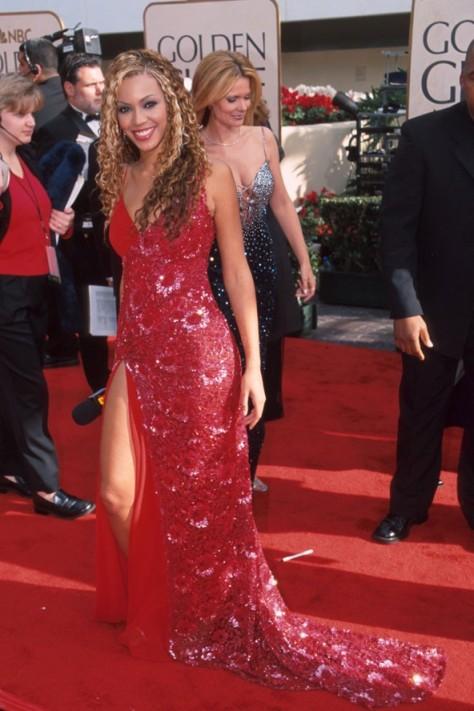 Beyonce061_8Feb12_rex_b_592x888