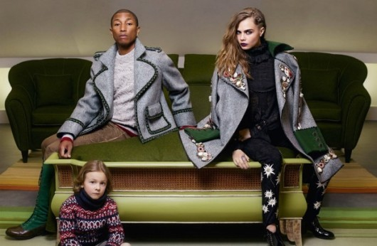 snapshot-cara-delevigne-pharrell-williams-chanel-paris-salzburg-fbd4-530x346