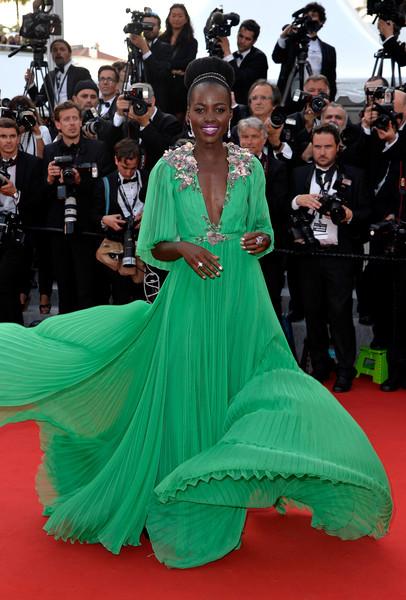 hot-or-hmm-lupita-nyongo-2015-cannes-film-festival-chiffon-gucci-gown-fbd1