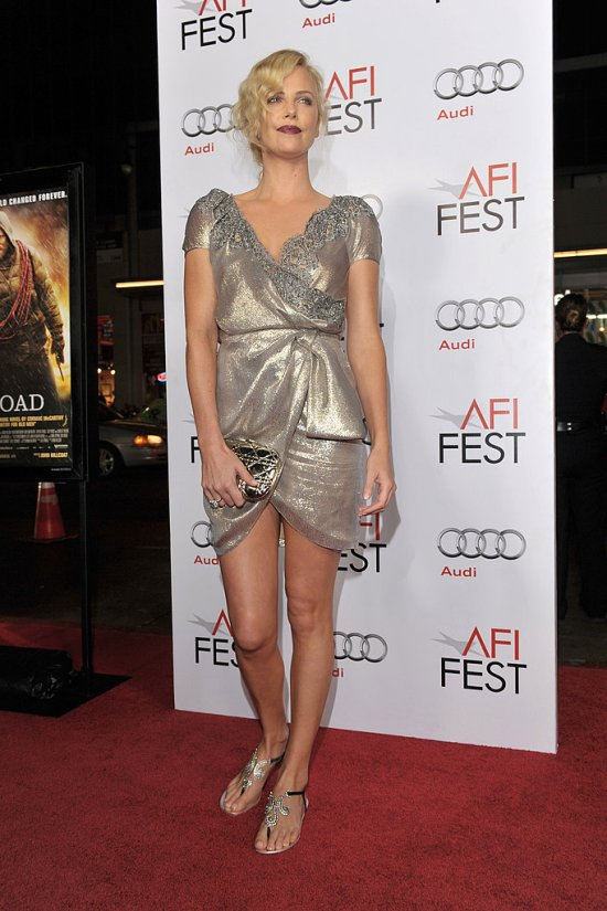 Charlize-Theron-Personal Style