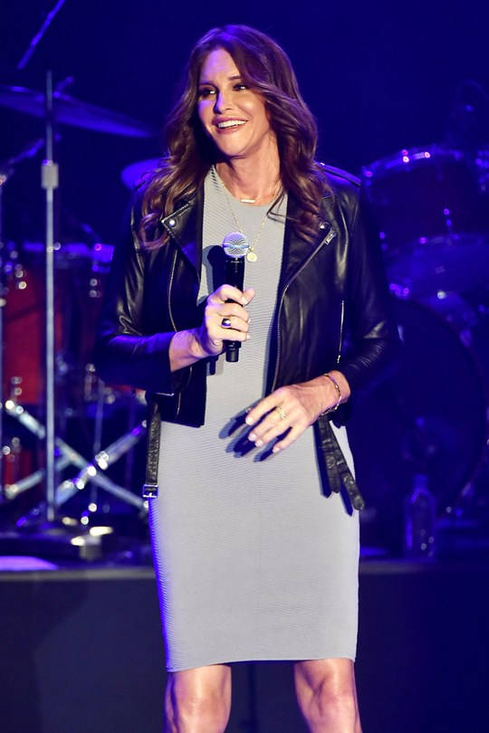 Caitlyn-Jenner_Glamour_27July15_Getty_b_540x810