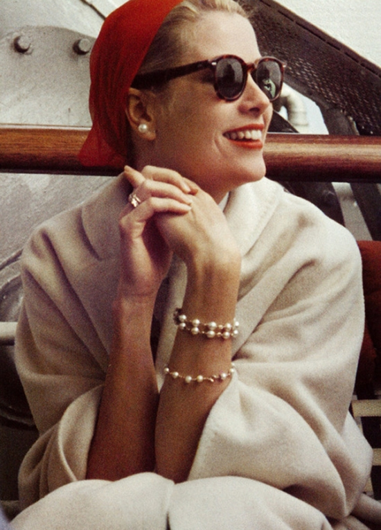 The Style Icon Grace Kelly Fashionandstylepolice