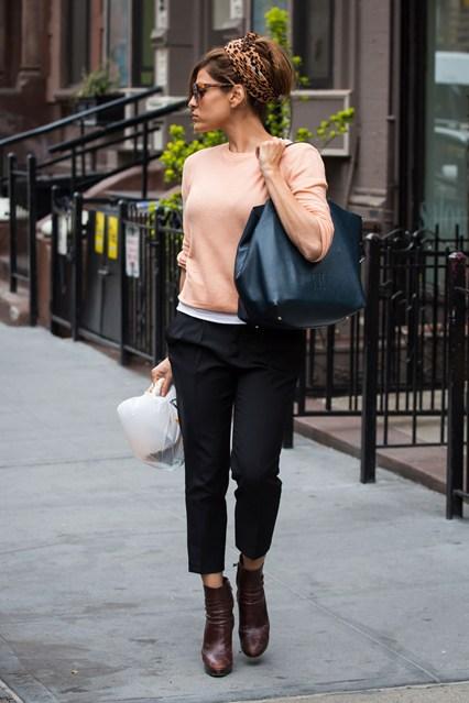 The Style Icon Eva Mendes Fashionandstylepolice Fashionandstylepolice