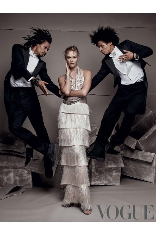Karlie-Vogue-Dec-Vogue-30Oct15-Patrick-Demarchelier_b