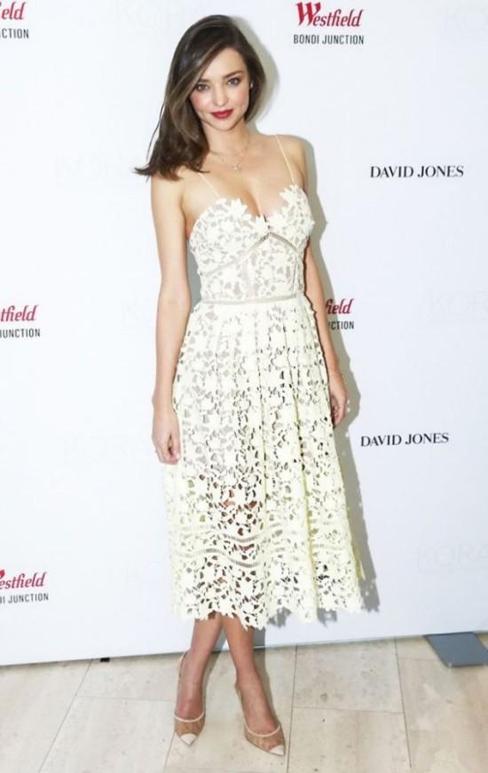 Celebrity Style Miranda Kerr In Self Portrait Fashionandstylepolice