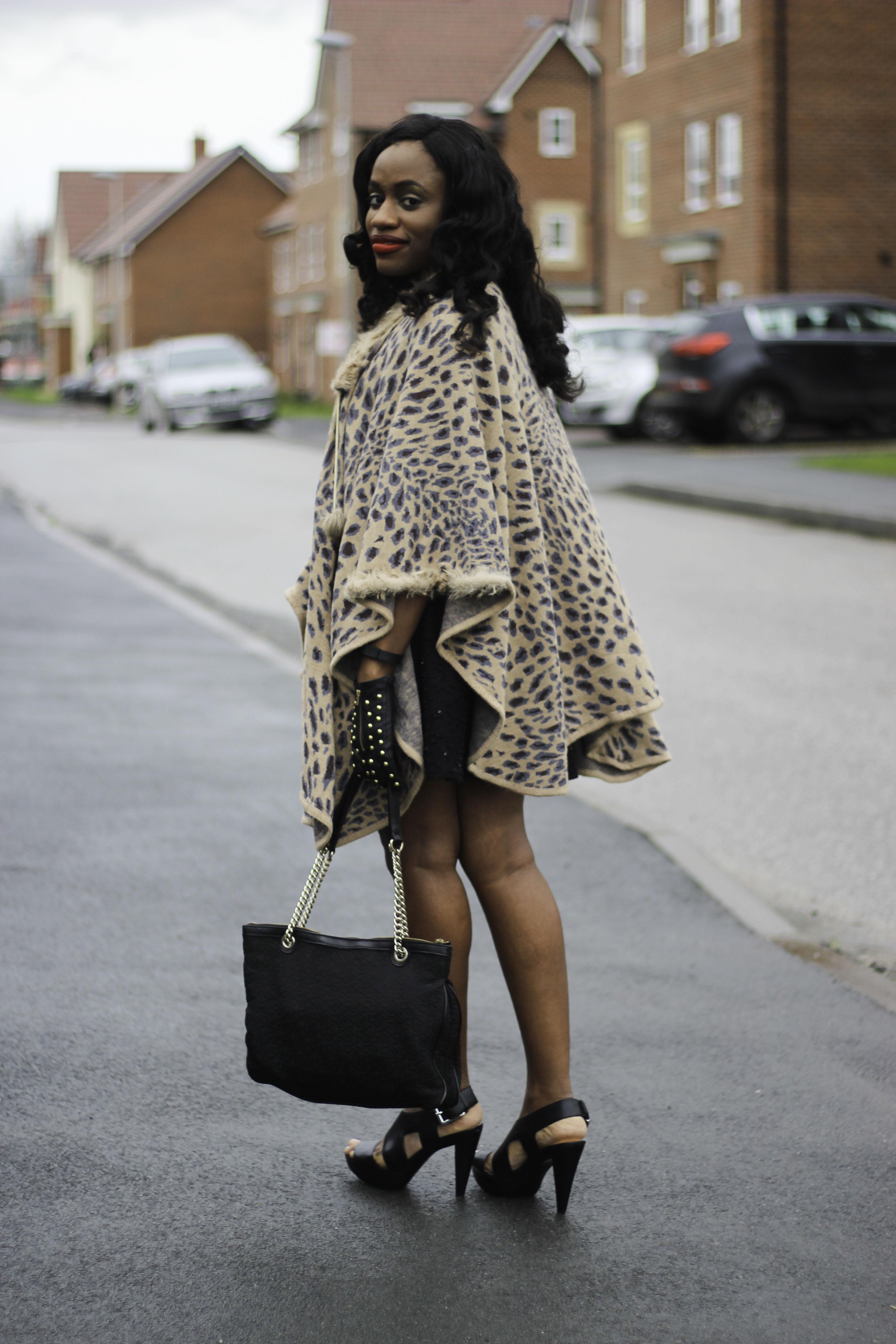 Face fashion faux pas Sophie Monk jokes about suffering a fashion faux pas
