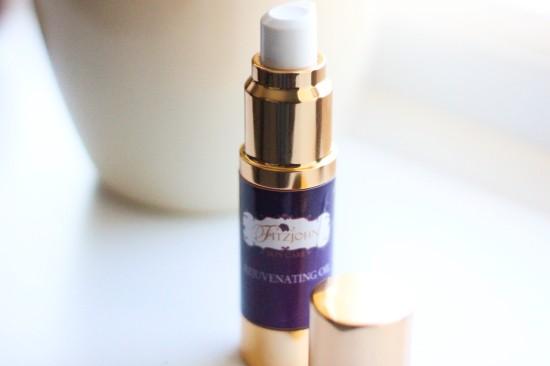 Fitzjohn Skincare Rejuvenating Oil Image