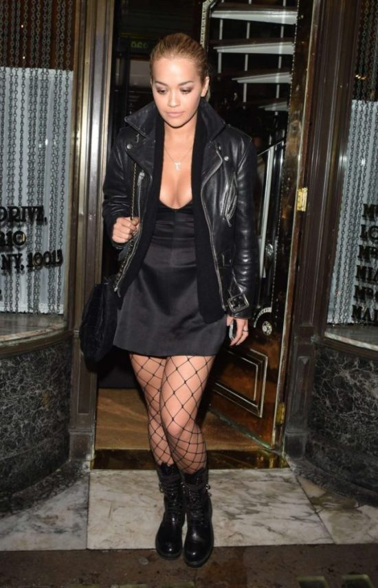 Rita-Ora-Seen-leaving-Mr-Chows-Restaurant-in-London-dior-642x1000