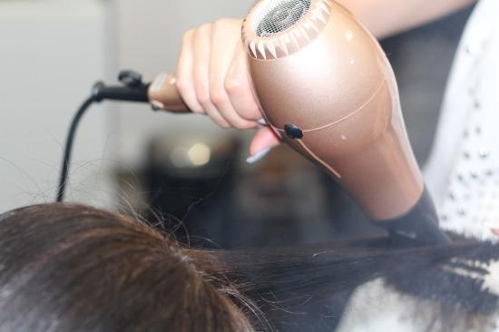 hairdressing-1516345_1280