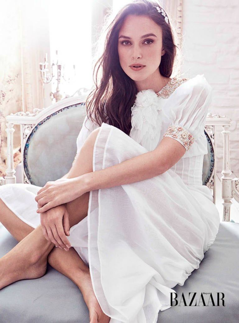 keira knightley covers harper s bazaar december 2016 fashionandstylepolice. Black Bedroom Furniture Sets. Home Design Ideas