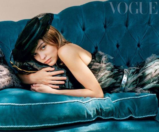 lily-rose-depp-vogue-cover-image