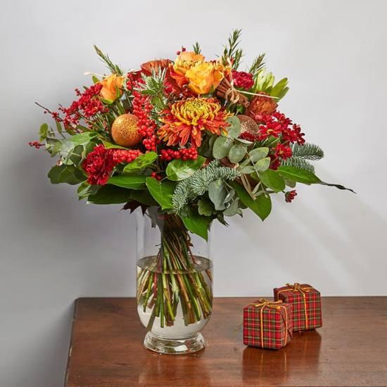 blitzen-christmas-flowers-bloom-magic-min